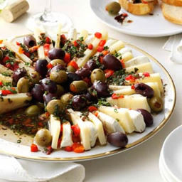 Appetizer - Marinated Olive and Cheese Ring