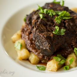 Mediterranean beef stew (Pasticada)
