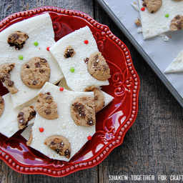 Milk and Cookies Bark {No Bake Christmas Treat!}