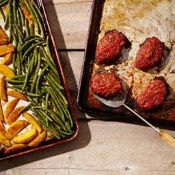 Mini Meatloaves with Green Beans and Potatoes