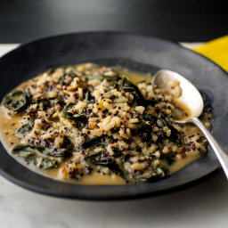 Mixed Grains Risotto With Kale, Walnuts and Black Quinoa