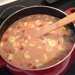 Mom's Creamy Tortellini Tomato Soup