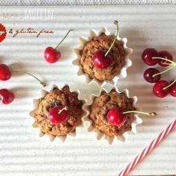 Muffin (veg) di grano saraceno con ciliegie