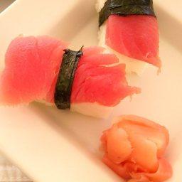 Nigiri Sushi (Tuna)
