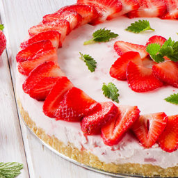 No-Bake Strawberry Cheesecake sugar free