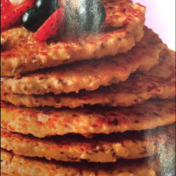 Oat Pancakes With Berries