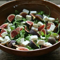 Oatcakes with Goat Cheese and Fig