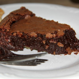 Old-fashioned Fudge Pie - Easy and Amazing!