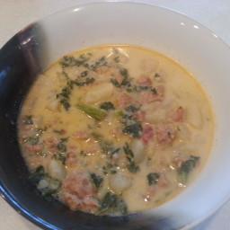 Olive garden style zuppa toscana wedding soup bigoven for Toscana soup olive garden calories