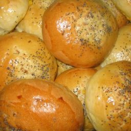 Onion Poppy Seed Buns