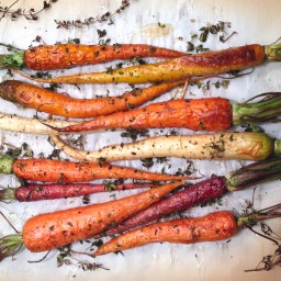 Orange and Thyme Roasted Rainbow Carrots
