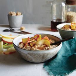 Overnight Maple-Raisin Oatmeal
