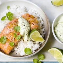 Ovnsstekt laks med ris og avokadokrem
