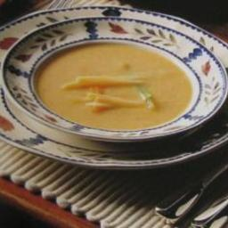 Pea Soup with Julienned Vegetables