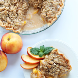 Peach Pie with Almond Crumble