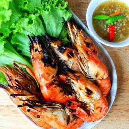 Peel & Eat Thai Garlic Shrimp