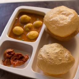poori recipe or puri recipe - makes about 20 to 25 pooris