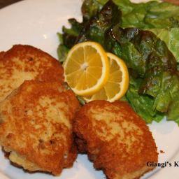 Potatoes and Salmon Cakes