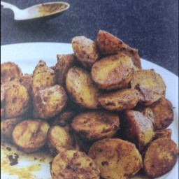 Potatoes: turmeric and cumin roast potatoes