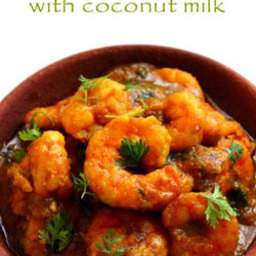 Prawns curry with coconut milk