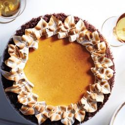 Pumpkin-Cheesecake Pie with Gingersnap Crust