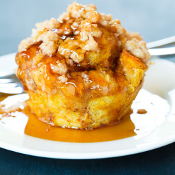 Pumpkin French Toast Muffins with Cinnamon Streusel Topping
