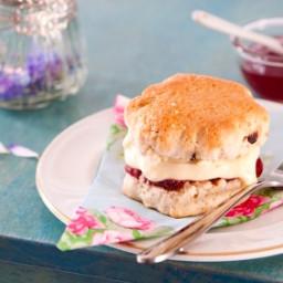 Quick and Easy Devonshire Cream Recipe (Cheater's Method)