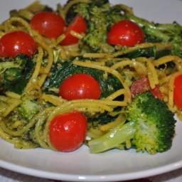 Quinoa Pesto With Vegetables