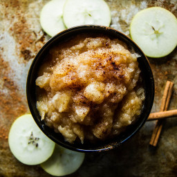 Recipe: Homemade Cinnamon Applesauce