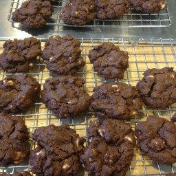 Reverse Chocolate Chip Cookies