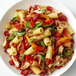 Rigatoni with Chicken and Bell Peppers