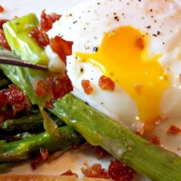 Roasted Asparagus with Prosciutto & Poached Egg