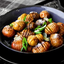 Roasted Fingerling Hasselback Potatoes