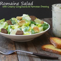 Romaine Salad with Creamy Gorgonzola and Parmesan Dressing
