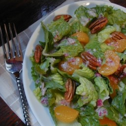 Romaine With Oranges and Pecans