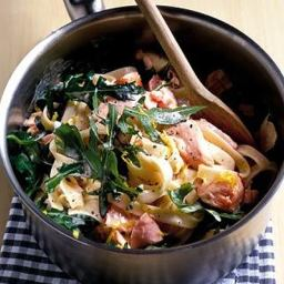 Salmon and rocket pasta