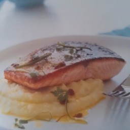 Salmon on Skordalia with Saffron and Lime Butter