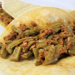 Saucy Nopal Cactus and Chorizo (Guisado de chorizo con nopales)