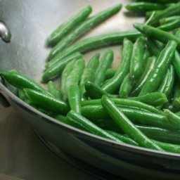 Sauteed Green Beans with Garlic & Herbs