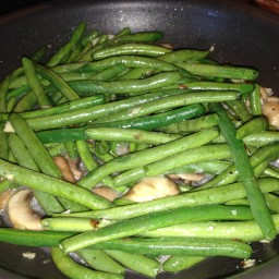 Sauteed Green Beans with Almonds & Mushrooms