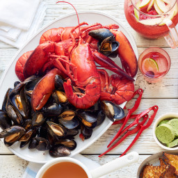 Seafood Boil with Lobsters and Mussels