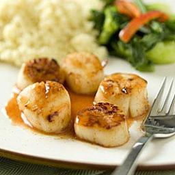 Seared Scallops with Blood Orange and Smoked Paprika Sauce