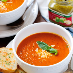Secret Ingredient Tomato Basil Soup