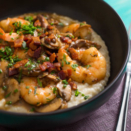 Shrimp and Gruyère Cheese Grits With Bacon and Mushrooms