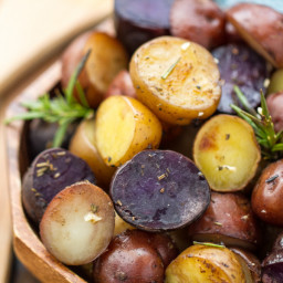 Slow Cooker Garlic Rosemary Tri-Color Potatoes