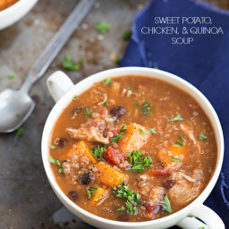 {Slow Cooker} Sweet potato, chicken, and quinoa soup