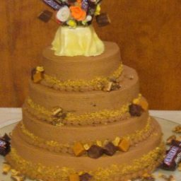 Snickers Candy Bar Cake