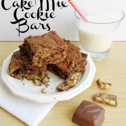 SNICKERS Cake Mix Cookie Bars