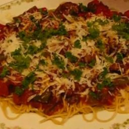 Spaghetti with Italian Sausage and Peppers