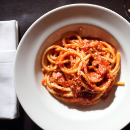 Spaghetti in Spicy Tomato Sauce (Lombrichelli all'Etrusca)